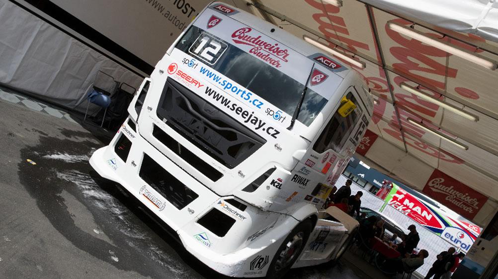 Frankie truck racing team